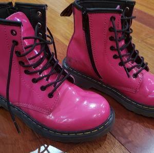 Boots Dr.Martens  size US 3 EU34